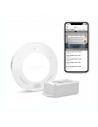 Vzdialený prístup pre 1garážovú bránu Hlasové ovládanie Automatické otváranie / zatváranie (s iFTTT) Zasiela upozornenia bez oneskorenia Správa prístupov jednotlivých užívateľov videoprenos - voliteľne po pripojení kamery Podpora HomeKit, Google Home, iFTTT (na ovládanie Amazon Alexa), alebo Samsung SmartThings Vodeodolný senzor náklonu Ovládač je plne funkčný bez skrytých poplatkov - integrácia do kompatibilných systémov chytrej domácnosti je úplne zadarmo a nevyžaduje ani ďalší hardvér.