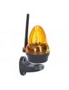 Univerzálny maják 12 - 230 V AC/DC s LED technológiou a integrovanou anténou pre lepší príjem signálu Možnosť prepínať medzi režimom trvalého svietenia alebo blikania v závislosti na riadiacej elektronike pohonu